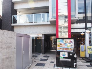 スクエアアパートメント2-3F